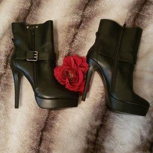 Charles David Black Boots!!